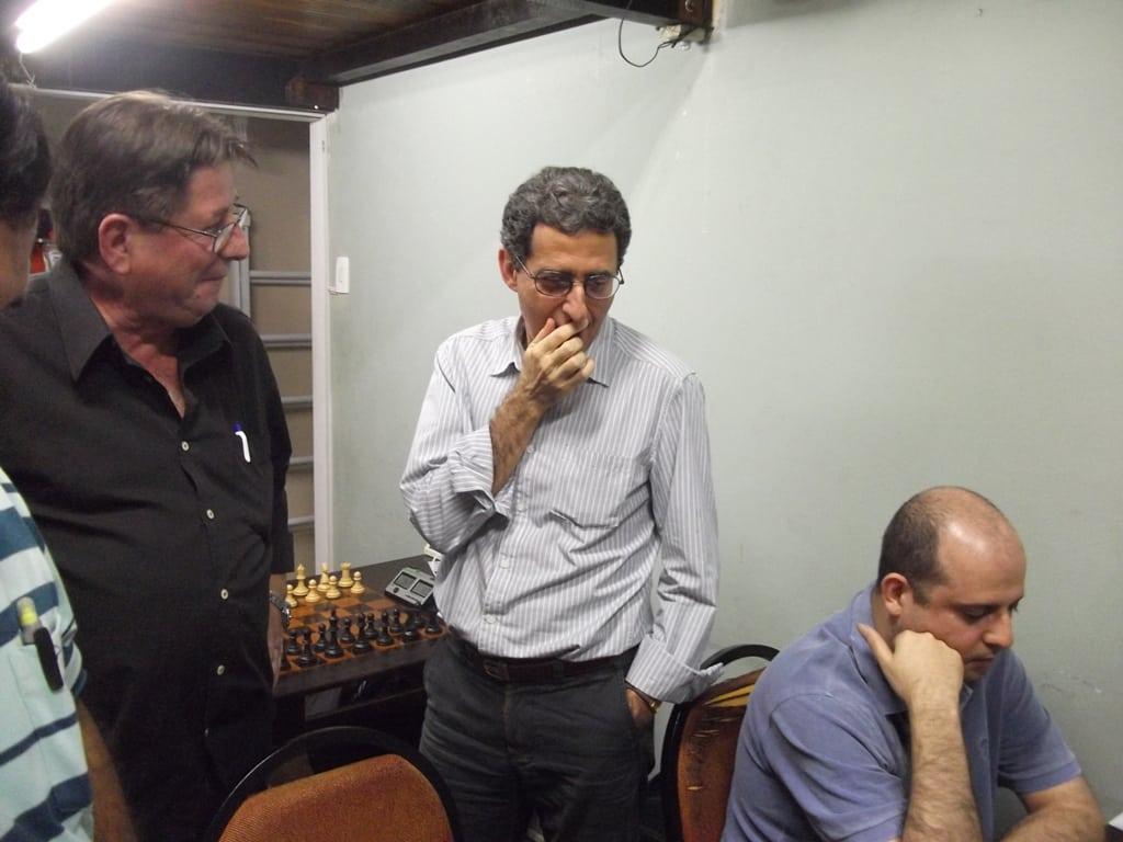 O Árbitro do torneio, Antônio Elias