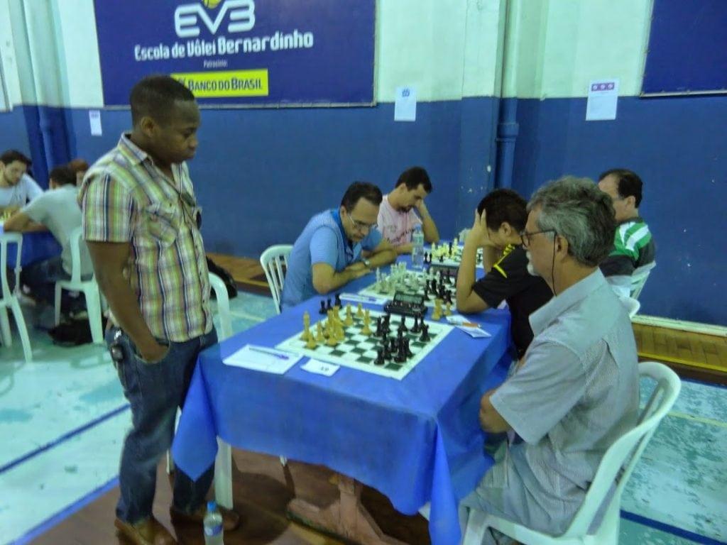 António Pinheiro em sua partida contra Anzuategui (AXXM)