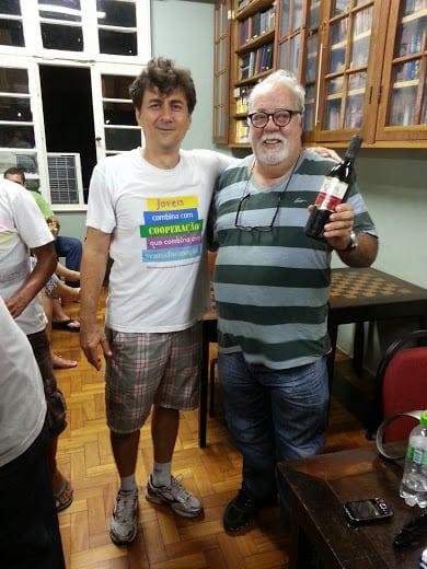 Blanco entrega a premiação de último lugar para José Mangini