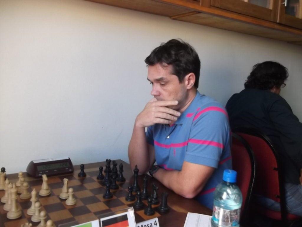 Georg Von Buelow, forte Mestre FIDE alemão, é radicado no Brasil e sempre joga os torneios FIDE da ALEX. Rating 2373