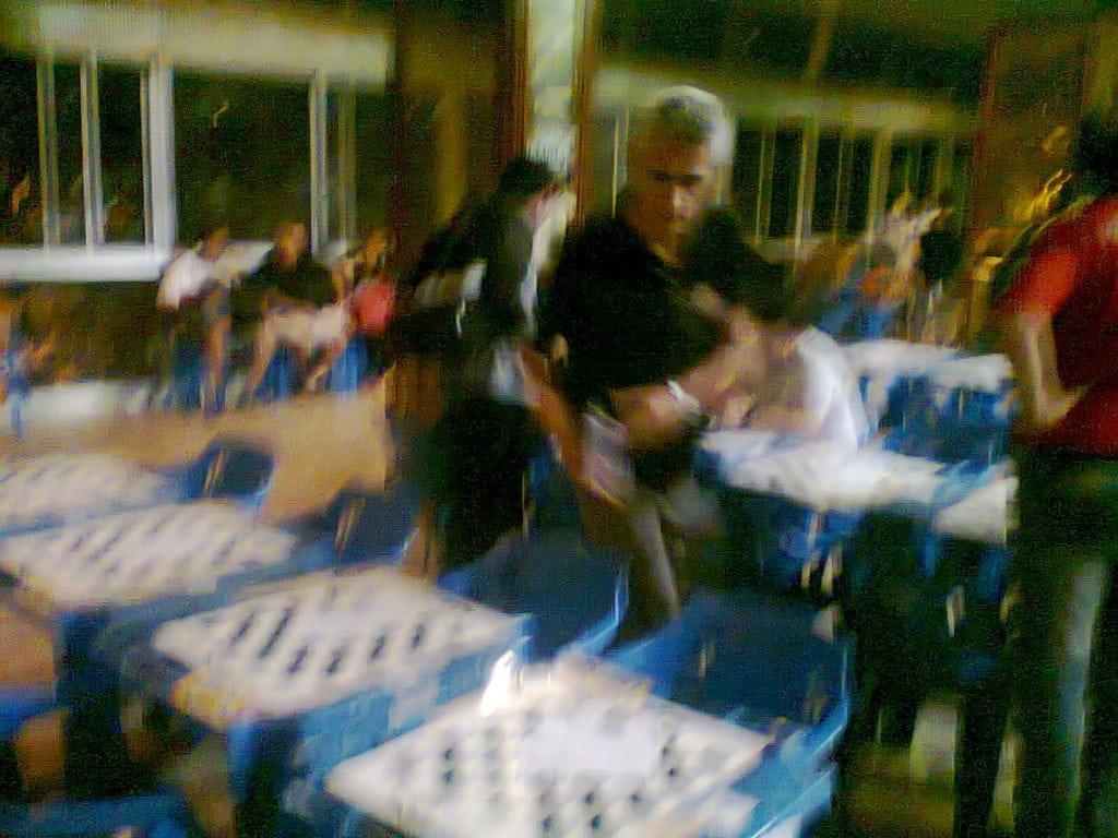"""Principal organizador do evento e primeiro tabuleiro da Equipe """"A"""" da ALEX, Alberto Mascarenhas não parou um só segundo!"""