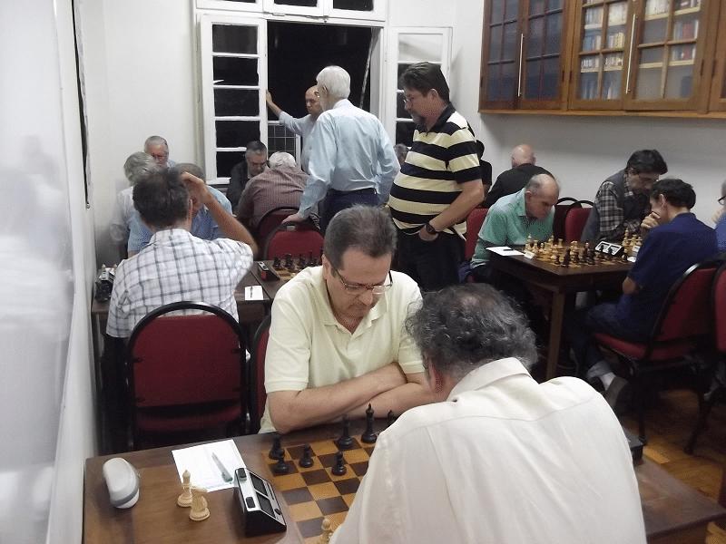 A ALEX ficou de casa cheia na terceira rodada do Torneio Interno da Primavera.
