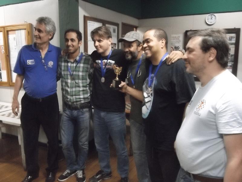 A equipe Especial do Tijuca Tênis Clube foi Campeã do  torneio Rápido.
