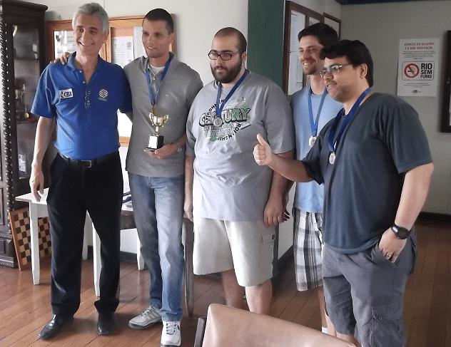 A equipe Padrão do Clube Municipal foi Campeã do torneio Rápido