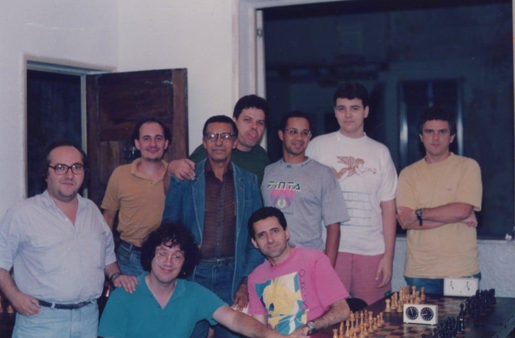 Foto 6 - 1994 ou 1995 - Paulo Klinger, Albino dos Santos, José Augusto Santos Nurck, Sérgio Murilo Cláide Barros, Douglas Siviotti, Hélio da Motta Filho e Antônio Elias