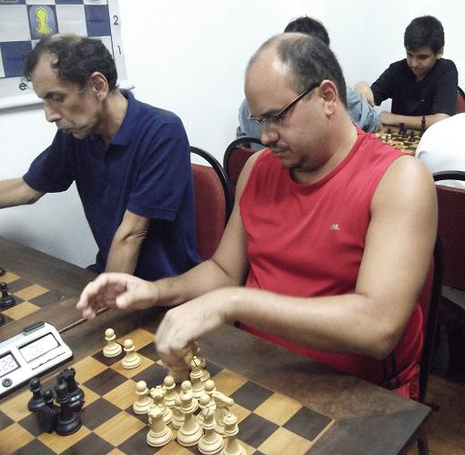 Sérgio Patrício de Oliveira e Luís Chauca Murga