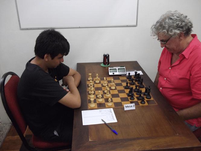 Eduardo Galvão Barboza enfrentando Álvaro Frota