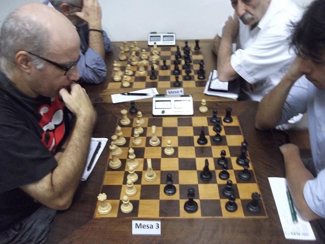 José Carlos Mesquita enfrenta Frederico Argolo (que aparece algo cortado mas aparece)