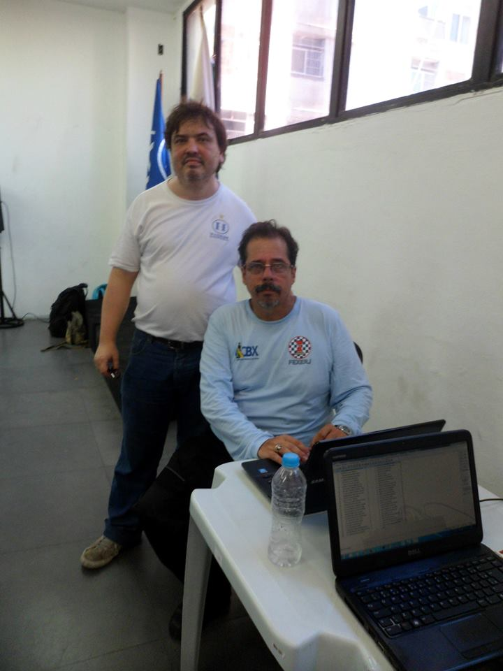 Os árbitro Marcelo Einhorn e Élcio Lofredo Mourão
