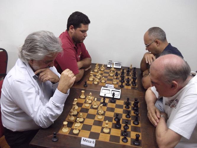Na mesa 6, Luiz Alberto enfrenta Rolim e na mesa 7 Rodrigo enfrenta Diógenes