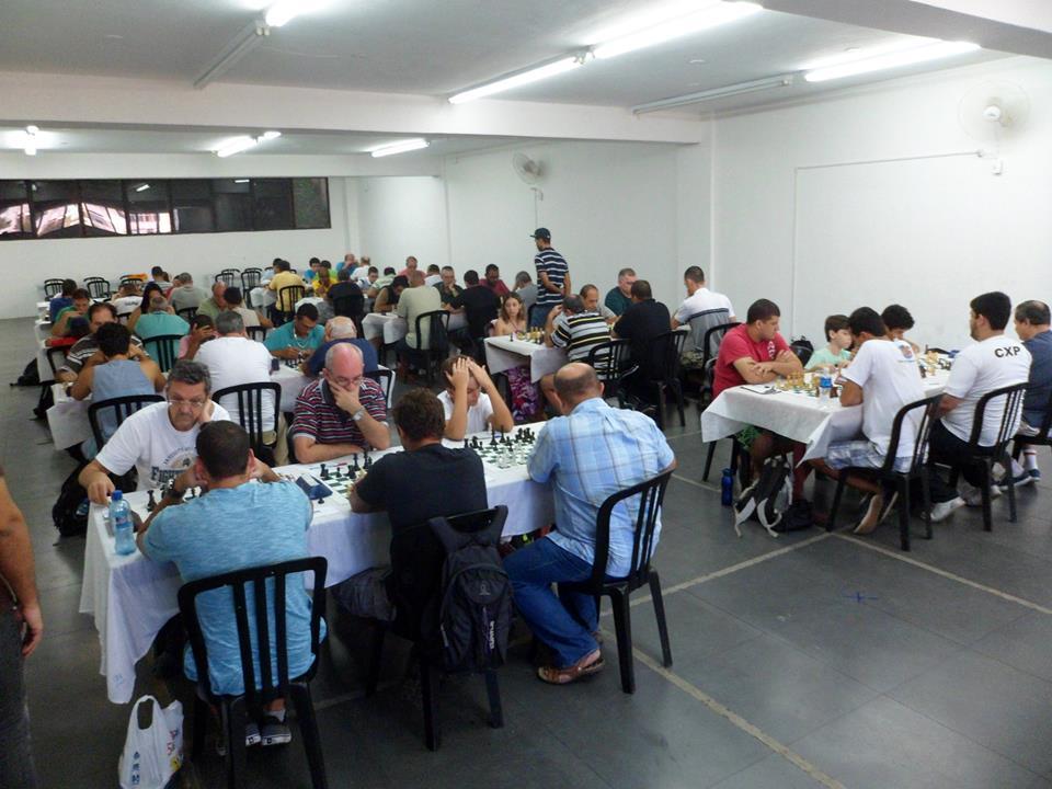 A sala do Hebraica ficou realmente lotada!
