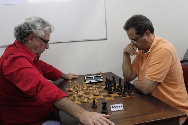 2ª rodada - Álvaro Frota perdeu de brancas de Fernando Madeu