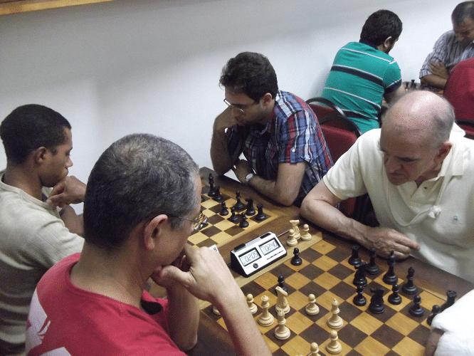 2ª rodada - Jeferson Menezes perdeu de Carlos Rolim e Thiago Azevedo ganhou de Micael Nascimento