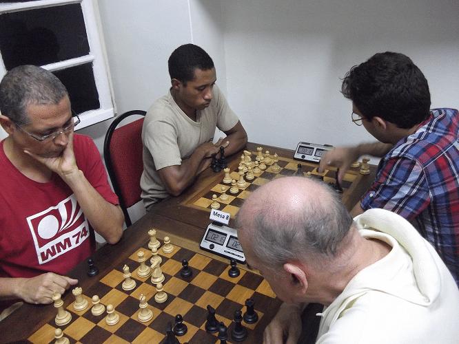 2ª rodada - Jeferson Menezes perdeu de Carlos Rolim e Thiago Azevedo ganhou de Micael Nascimento - Outra visão das mesmas partidas
