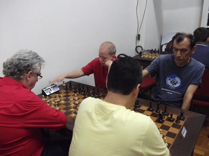 5ª rodada - Estevão Luiz Soares perdeu de José Luís Chauca e Álvaro Frota ganhou de Oscar Weibull