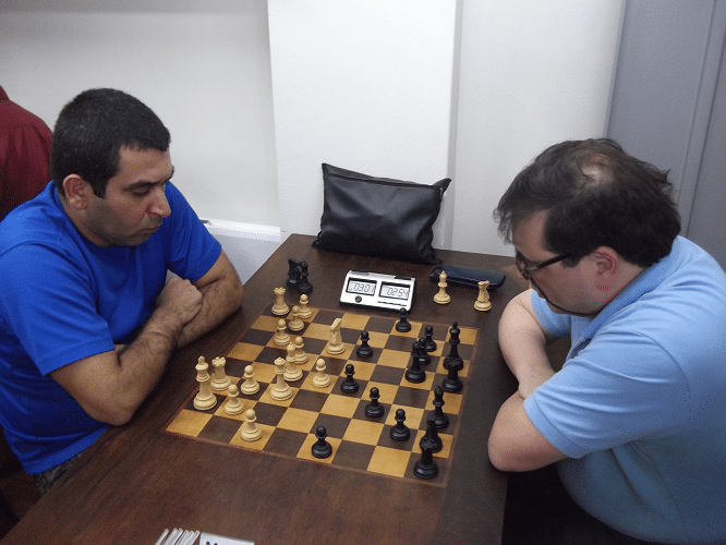 5ª rodada - Paulo Adriano Matozo empatou com Marcelo Einhorn