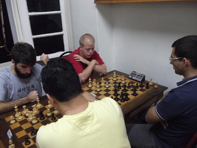 6ª rodada - Márcio Perdigão perdeu de Estevão Luiz Soares e Oscar Weibul ganhou de Mário Bisneto