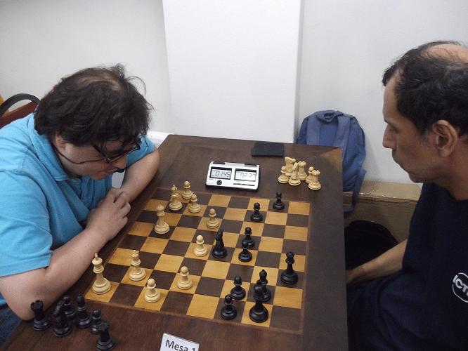 8ª rodada - Marcelo Einhorn vs José Luís Chauca 0.5-0.5