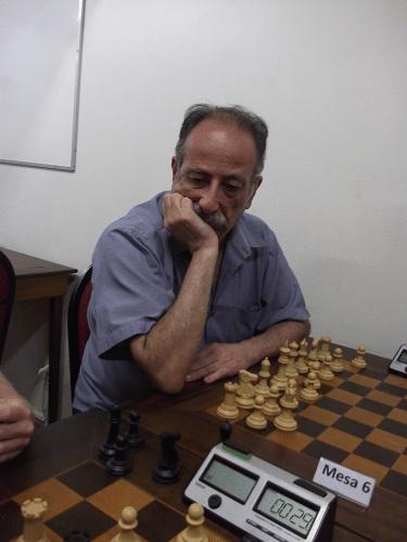 Juarez Lima, rating 1974, federado pela ALEX, fez 5 pontos e ficou na 8ª classificação
