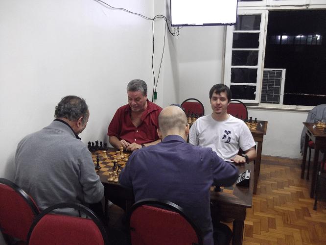 Aquecimento - A diversão começou bem antes do torneio, com as partidas de aquecimento.