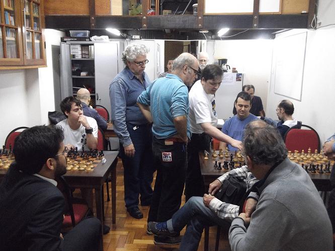 Congresso Técnico - A ALEX é um dos raros clubes de Xadrez que realizam Congressos Técnicos para valer em seus torneios. O clube considera que as polêmicas e debates que neles ocorrem contribuem efetivamente para que todos tanhamos uma melhor compreensão das regras.