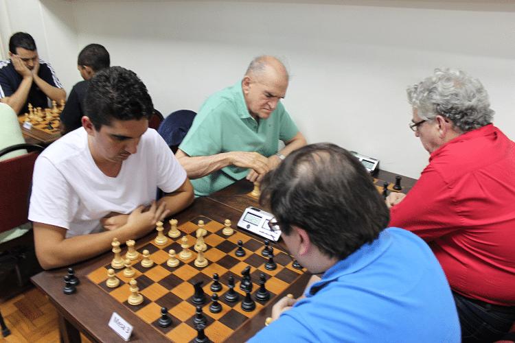 Partidas da 6ª rodada - Eduardo Farias vs Marcelo Einhorn Outra Visão