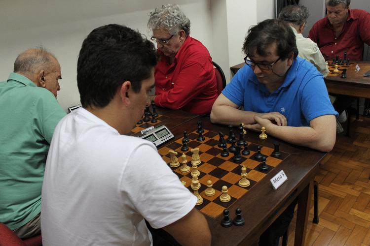 Partidas da 6ª rodada - Eduardo Farias vs Marcelo Einhorn