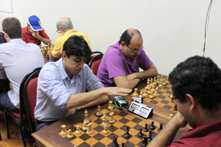 Partidas da 6ª rodada - Frederico Argolo vs Rodrigo Alves Vieira
