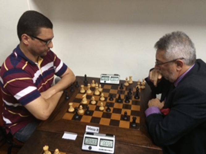 3a Rodada - Mesa 8 - Almir Souza de Almeida ganhou de Marcos Diaz