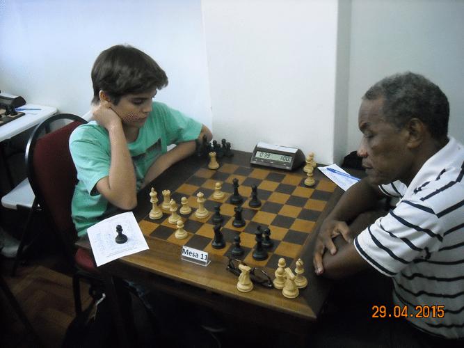 4ª Rodada - Mesa 11 - Gianluca Jório Almeida, de brancas, venceu Wallace Fernandes Machado