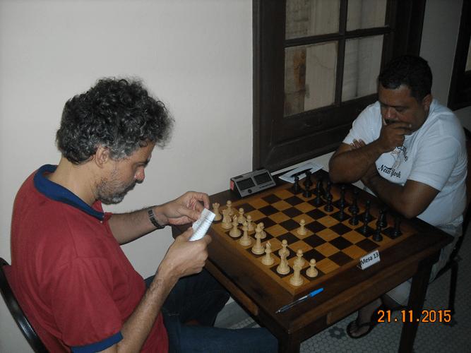 5ª Rodada - Na mesa 13 Tadeu venceu Carlos Henrique