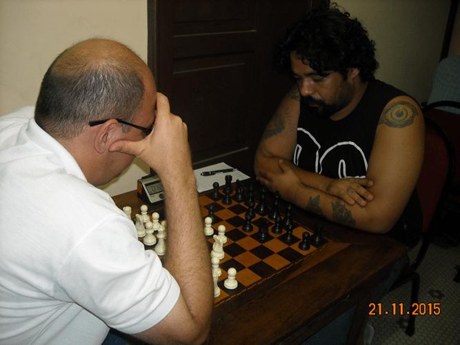 6ª Rodada - Na mesa 12 Arnaldo Leite Mesquita venceu Marcos Luciano Pereira