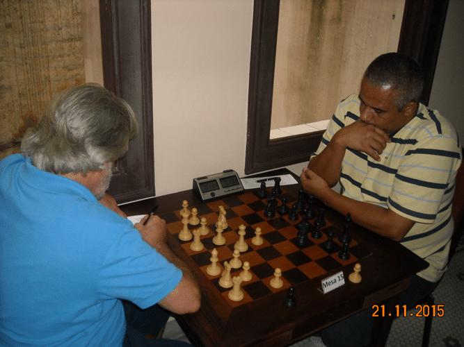 6ª Rodada - Na mesa 15 Luiz Alberto da Luz perdeu para Claide Teixeira de Barros