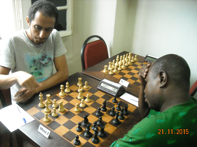 6ª Rodada - Na mesa 2 Ali Khaje Hesamedini venceu Wagner Peixoto Guimarães
