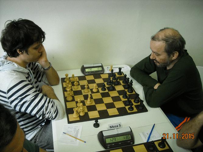 6ª Rodada - Na mesa 5 Leo Ramos Simões perdeu para Hilton Rios