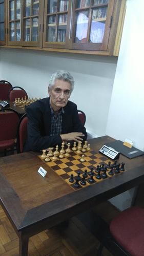 Classificação - 3º lugar - Alberto Mascarenhas concentrando-se