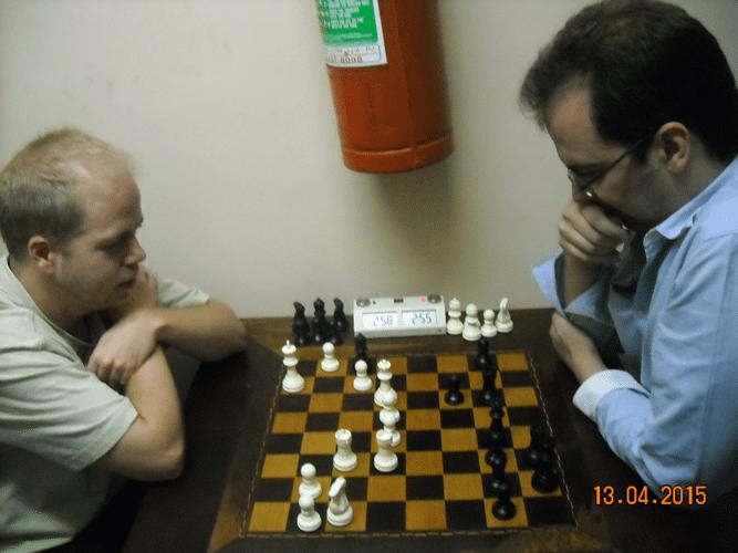 Intervalo da Boca Livre 2 - Há quem seja de tal forma viciado que prefira matar a fome de Xadrez a comer o lanchinho da Boca Livre