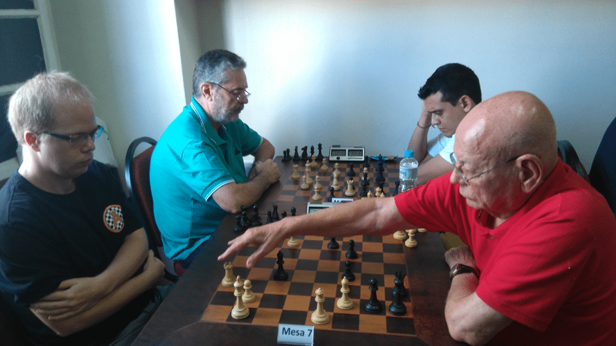 2º Rodada - Mesa 7 - Oscar perdeu de Irahy Mesa 8 - Tiomno ganhou de Oscar Solano Rueda