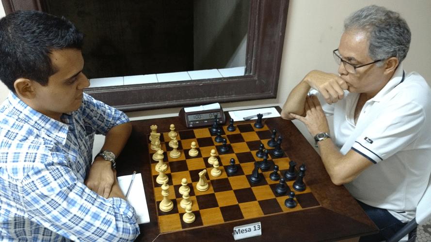Oscar Solano Rueda vs Emmanuel Pereira