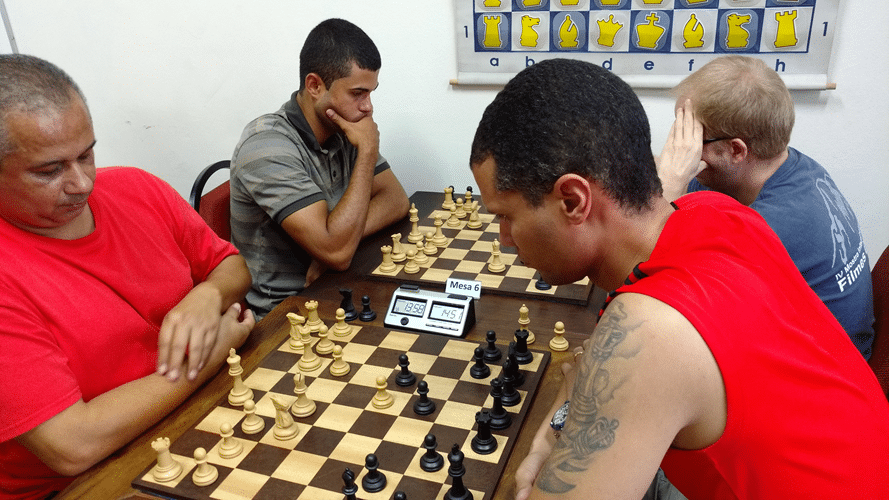 Claide Teixeira contra André Kemper - Leandro Espínola contra Oscar Weibull