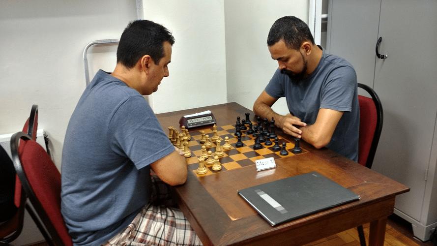 Estevão Luiz Soares contra Flávio Almeida