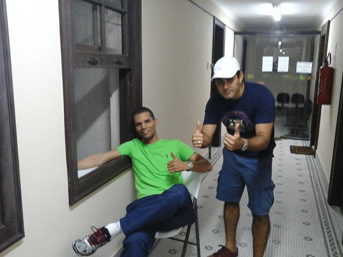 André Kemper e Carlos Eduardo Nunes no corredor