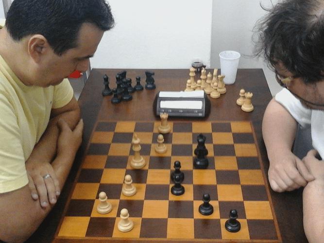 Luiz Estevão Soares vs Marcelo Einhorn