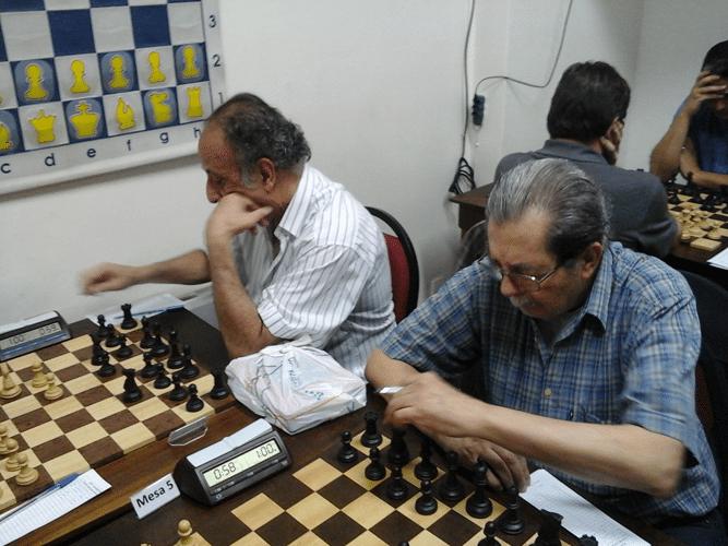 Na luta Juarez Lima e Guilherme Von Calmbach