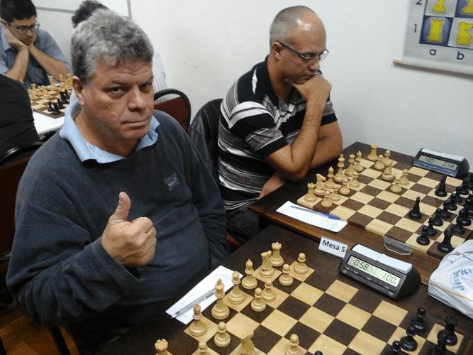 Na luta Sergio Murilo e Diógenes Negreiros de Souza