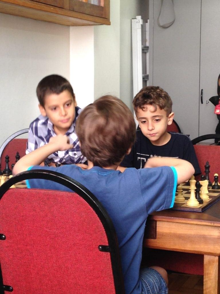 Amizades que só o xadrez forja por décadas...