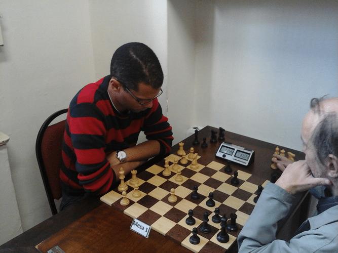 André Kemper de brancas contra Hilton Rios