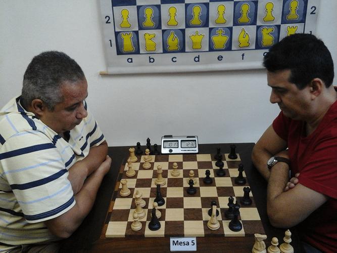 Claide Teixeira Barros de brancas contra Estevão Luiz Soares