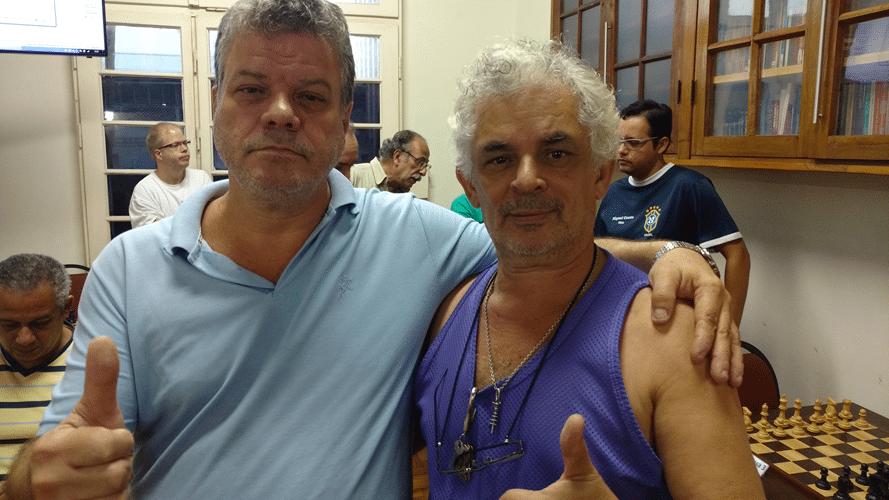 Os amigos Sérgio Murilo e Gilberto Camelo Henrique