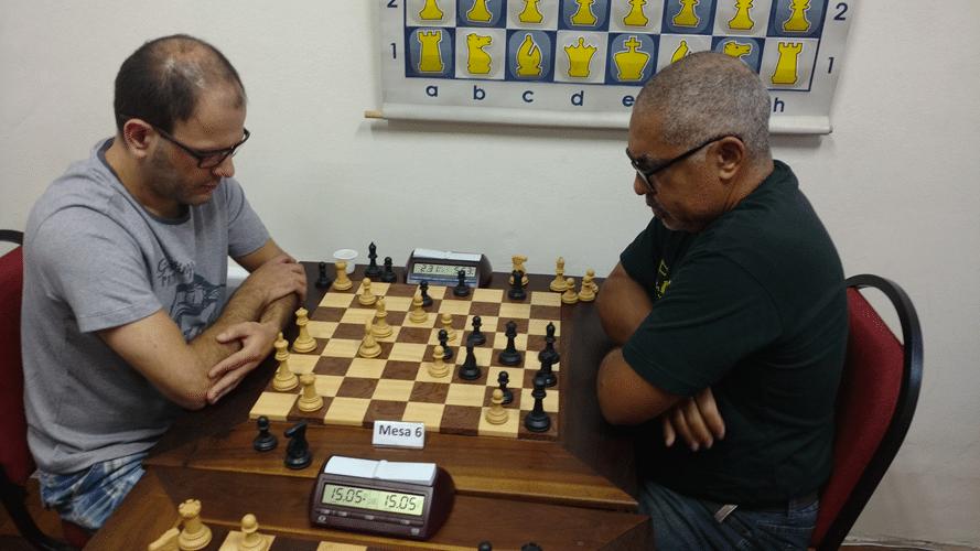 Rodrigo Dinegri versus Nei Jorge Rodrigues